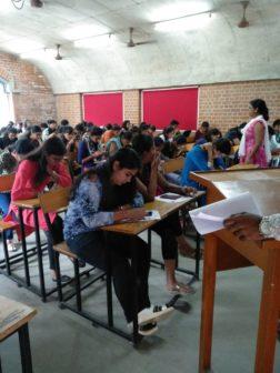 Finishing School Commerce Graduates1