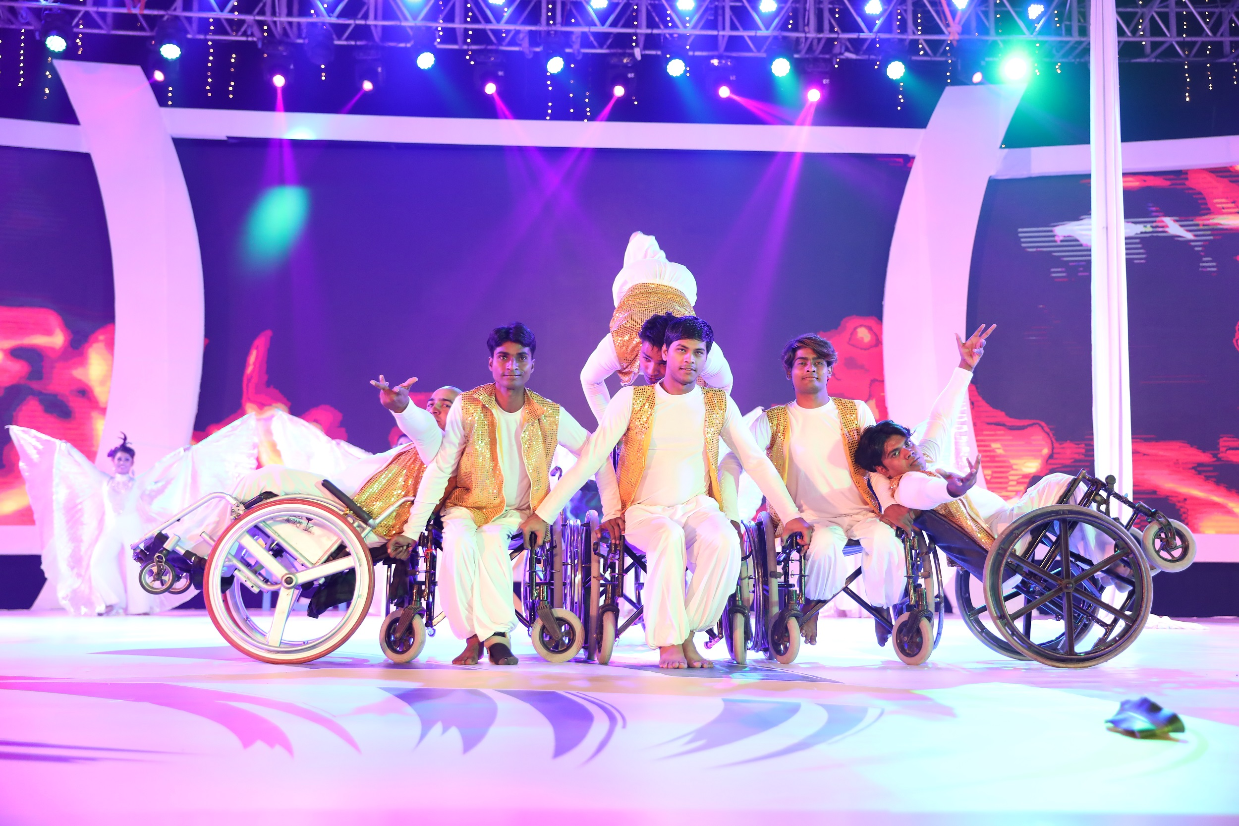 Enthralling and exciting performance by fusion dance troupe, at the open...