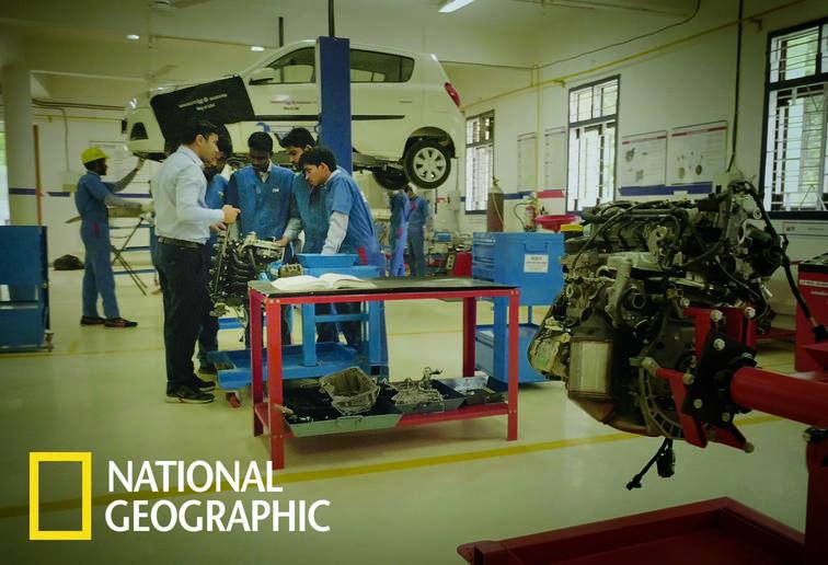 indias_mega_workforce_national_geographic